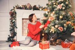 Glad jul och lyckliga ferier! Arkivfoton
