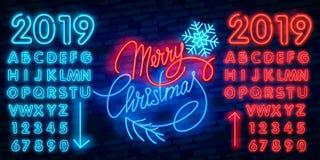 Glad jul och 2019 neontecken för lyckligt nytt år med snöflingor, hängande julboll stock illustrationer
