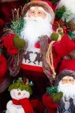 Glad jul, Santa Claus i julsnöplats och Christm Arkivfoto