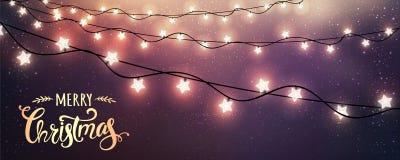 Glad jul som är typografisk på mörk bakgrund med glödande vita girlander för Xmas-garneringar, ljus, stjärnor royaltyfri illustrationer
