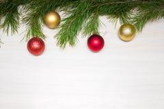 Glad julkort VinterXmas-tema lyckligt nytt år snowing Royaltyfri Foto