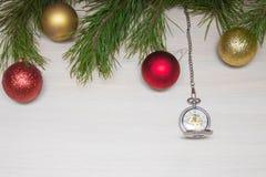 Glad julkort VinterXmas-tema lyckligt nytt år snowing Royaltyfria Bilder