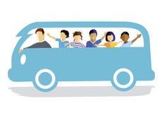 Glade barn i skåpbil Arkivbild