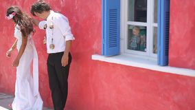 Glade nygifta personer Boho stil Grekland stock video