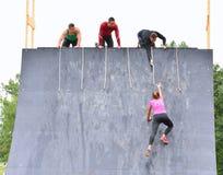 Gladiador Race - raça de obstáculo extrema no La Fresneda, Espanha imagem de stock royalty free