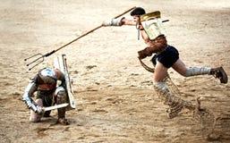 Gladiator αποφεύγει την τρίαινα στοκ φωτογραφία