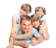 Gladlynt familj av fyra folk Royaltyfria Bilder