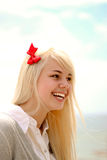 gladlynt flickaståendebarn Royaltyfria Bilder