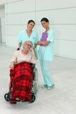 Gladlynta sjuksköterskor Arkivbilder