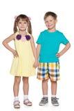 Gladlynta små ungar för mode Royaltyfri Bild