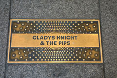 Gladys Knight y la placa de las pipas fotografía de archivo libre de regalías