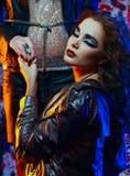 Glam vaggar flickan Royaltyfria Bilder