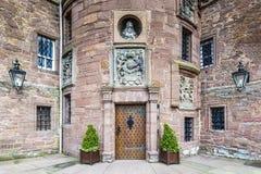 Glamis Förenade kungariket - Augusti 17, 2014: Ingången av den Glamis slotten fotografering för bildbyråer