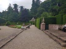 Glamis slottträdgårdar Arkivfoto