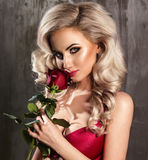 Glamorous curvy blonde woman Royalty Free Stock Photography