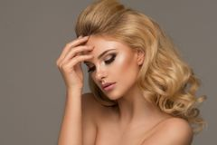 Glamorous curvy blonde woman Royalty Free Stock Photos