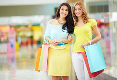 Glamorous shoppers Royalty Free Stock Images