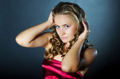 Glamorous young woman Royalty Free Stock Photography
