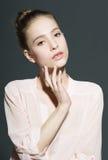 Glamourportret van mooi vrouwenmodel met Stock Foto's