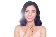 Glamourstående av den härliga ASIATISKA kvinnamodellen med trevlig makeup Arkivfoton