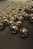 Glansig metallboll Arkivbilder