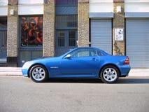 Glanzend blauw Mercedes slk Royalty-vrije Stock Foto's