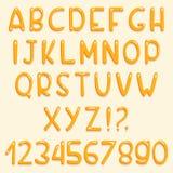 Glanzend doopvontontwerp De de gele letters en getallen van ABC Reeks beeldverhaalbrieven Stock Foto's