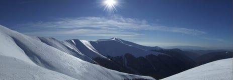 Glanzende bergen Stock Afbeeldingen