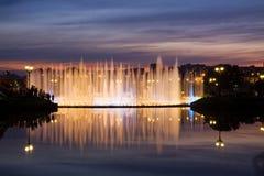 Glanzende fontein stock foto's