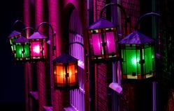 Glanzende lantaarns op een huis royalty-vrije stock fotografie
