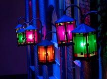 Glanzende lantaarns op een huis royalty-vrije stock foto's
