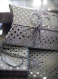 Glanzende Polka Dot Presents Royalty-vrije Stock Afbeelding