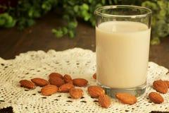De melk van de amandel royalty-vrije stock foto's