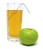 Glas appelsap met groen appel en buisje Royalty-vrije Stock Foto
