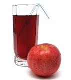 Glas appelsap met rood appel en buisje Royalty-vrije Stock Fotografie