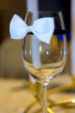 Glas auf dem Tisch Stockfotografie