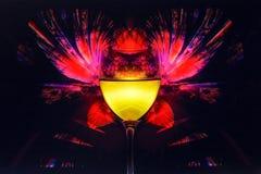 Glas auf einem abstrakten Hintergrund Lizenzfreies Stockbild