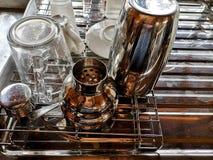 Glas auf Wanne lizenzfreies stockfoto