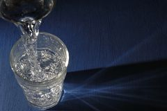 glas błękitny woda Fotografia Stock