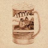 Glas bier met pinguïn Royalty-vrije Stock Afbeelding