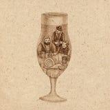 Glas bier met slak Stock Foto's