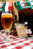 Glas bier in restarant het Italiaans Royalty-vrije Stock Afbeelding