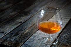 Glas cognac stock afbeeldingen