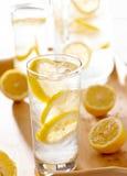 Glas der Limonadenahaufnahme Stockfoto