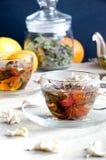 Glas des grünen Tees der Schale Lizenzfreie Stockbilder