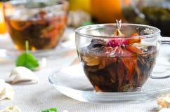 Glas des grünen Tees der Schale Lizenzfreies Stockfoto