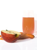 Glas des Safts und des Apfels Lizenzfreie Stockbilder
