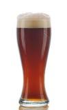 Glas dunkles Ale stockbild