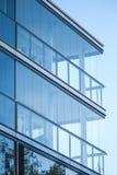 Glas en Beton Blauwe gestemde foto Stock Afbeeldingen