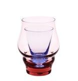 Glas en glas op een witte achtergrond. Stock Afbeelding